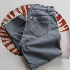 J. Jill Authentic Fit gray cropped jeans 8P